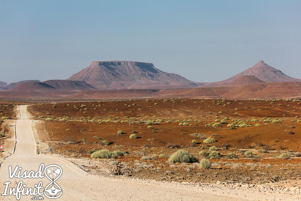 Foto Damaraland por la que viajar a Namibia