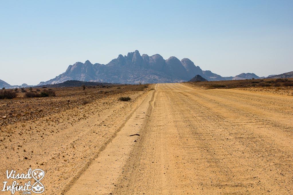 ¿Qué tipo de coche alquilar en Namibia?