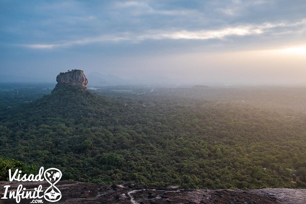 Pidurangala - Atardecer en Sigiriya